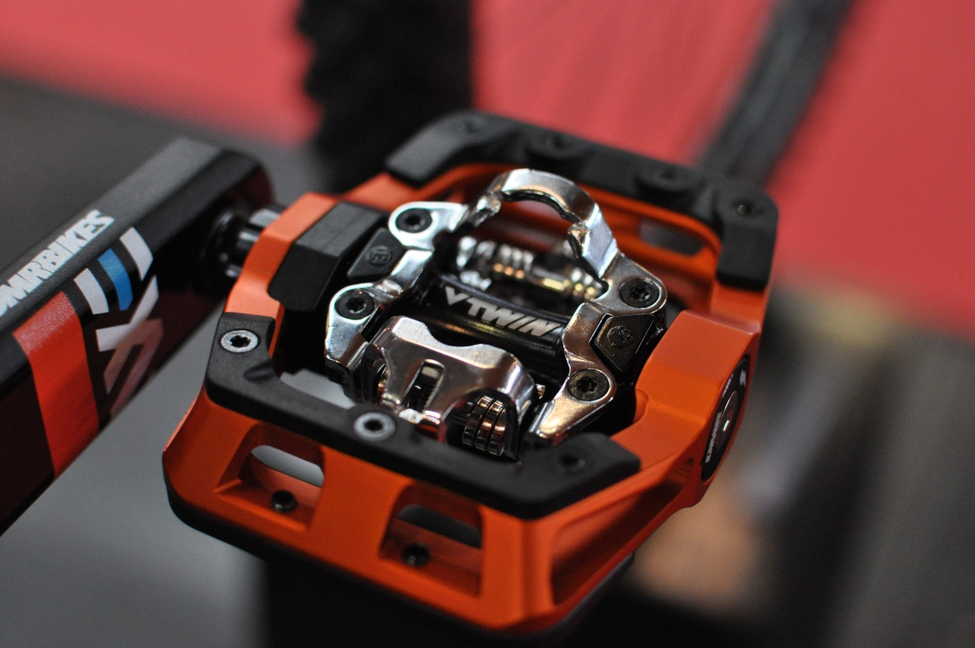 DMR V-Twin Pedals